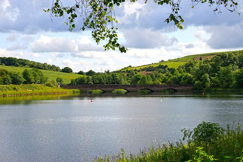 ulley-country-park-ulley-reservoir-in-ulley-country-park